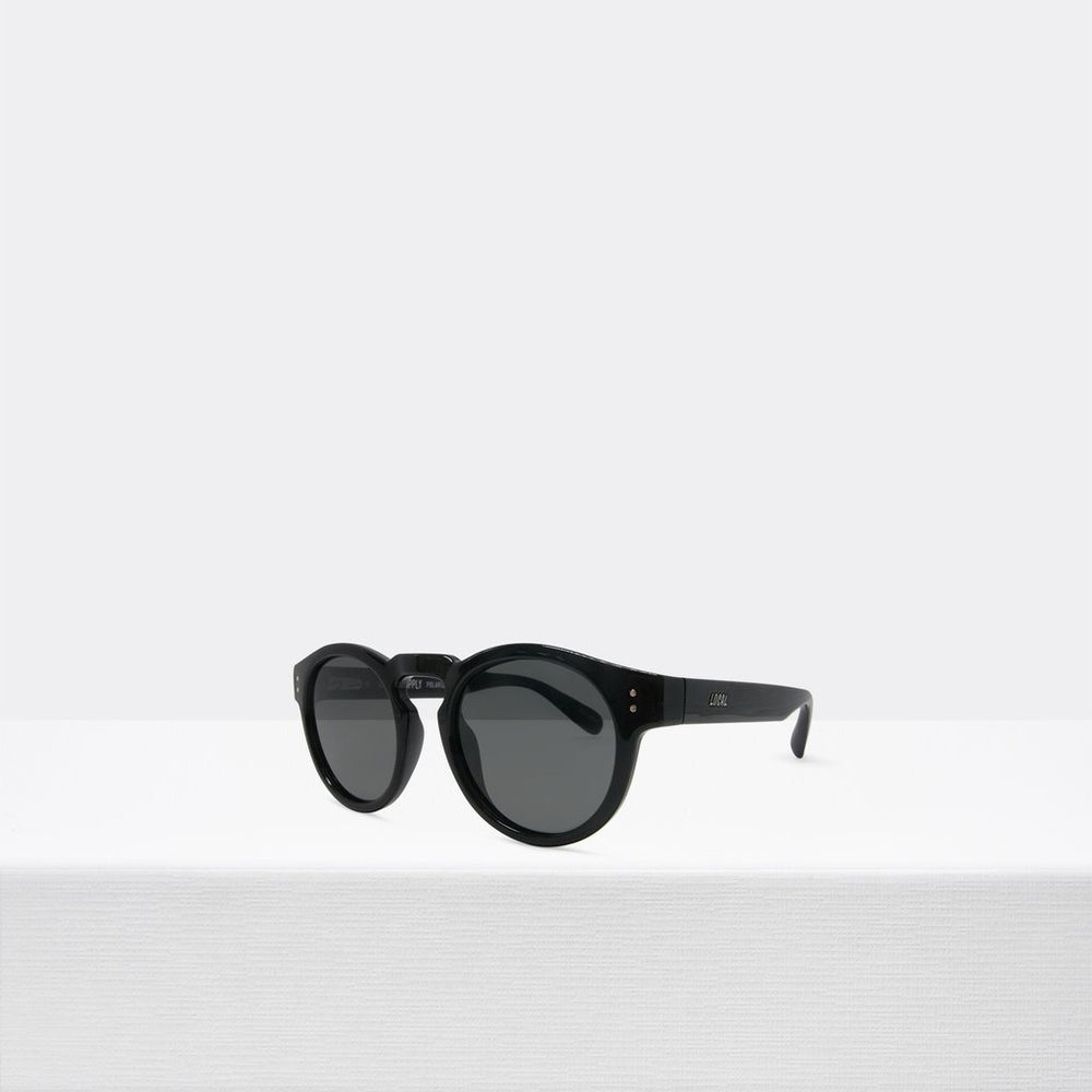 Local Supply - Freeway Sunglasses in BKG25