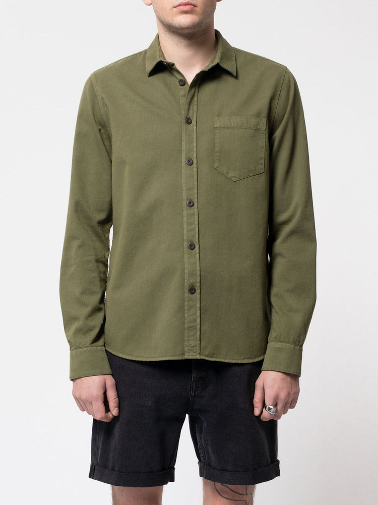 Nudie - Henry Pigment Dyed Button Up in Green