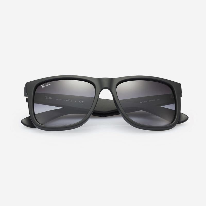 Ray Ban - Justin Sunglasses in Black Rubber w/ Polarized Grey Gradient Lens. 0RB4165/622/T355