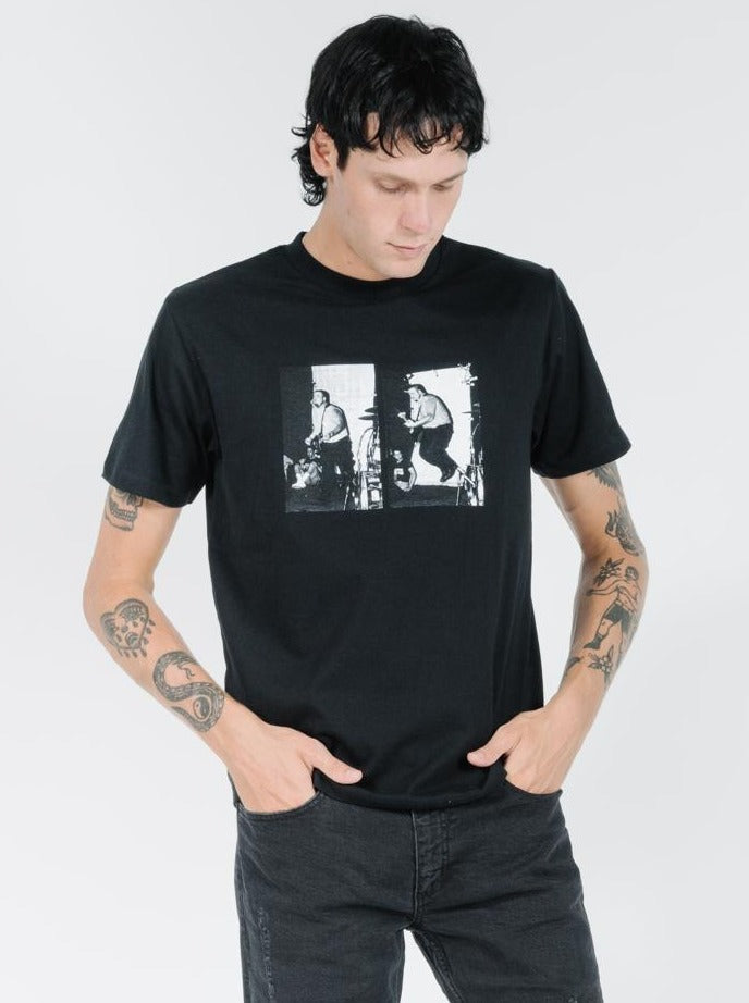 Thrills - Dennes Merch Fit Tee - Black