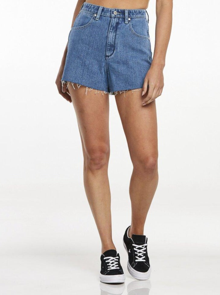 Wrangler - Hi Bells Short - Perception Blue
