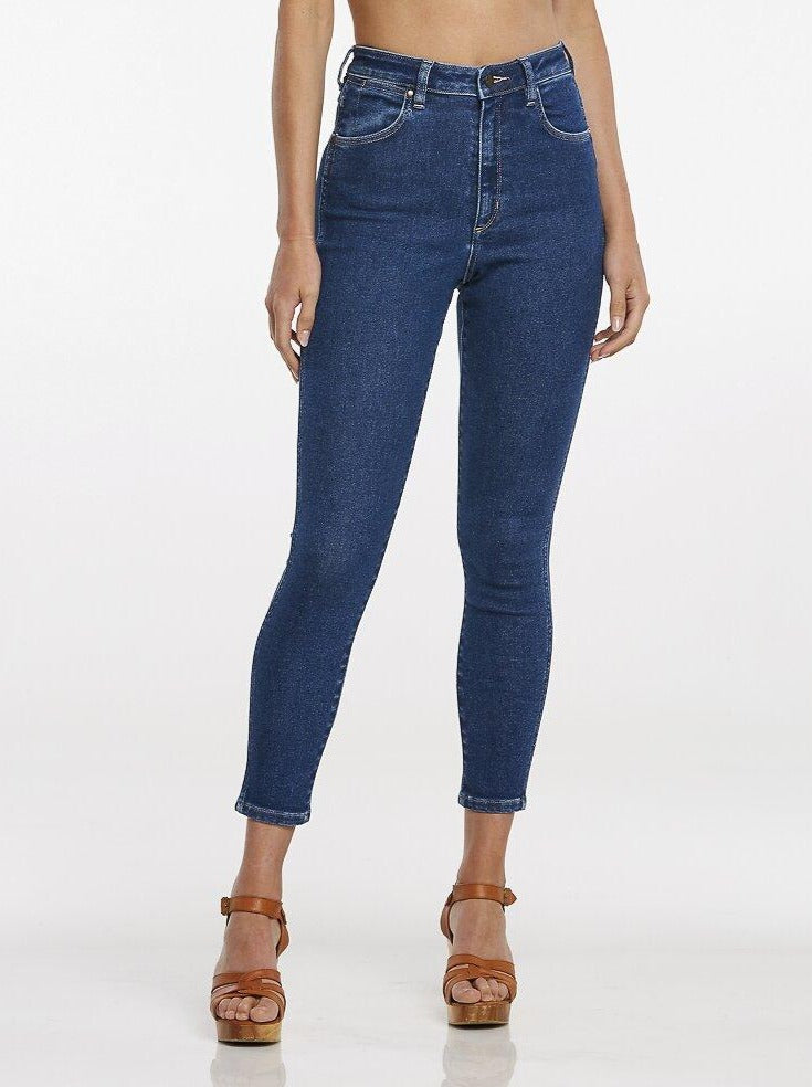 Wrangler - High Pins Cropped Jeans in Odyssey