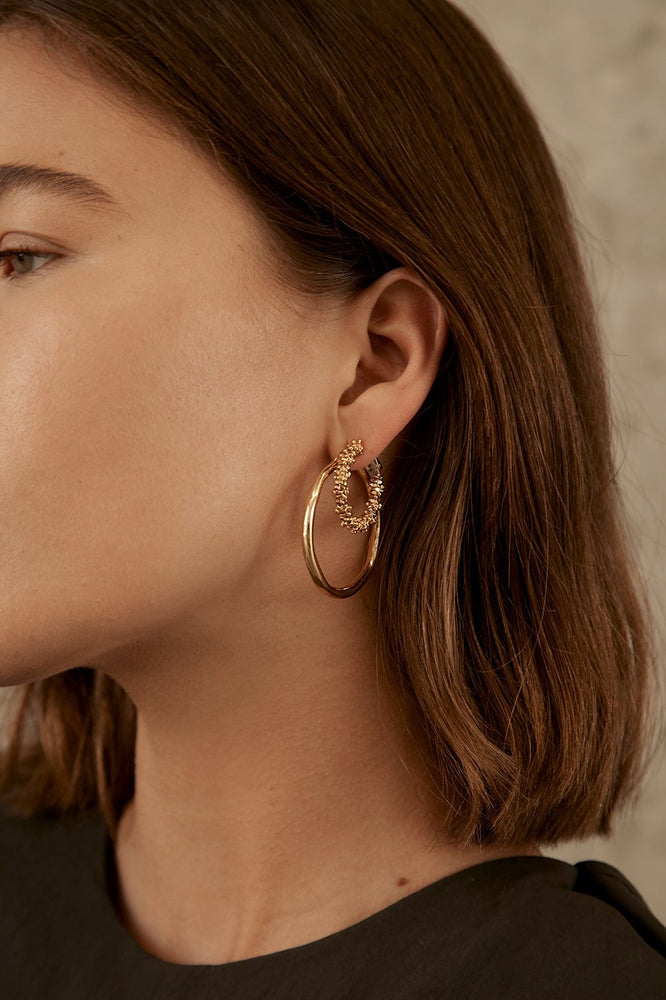 Brie Leon - Organica Hoops Large in Gold