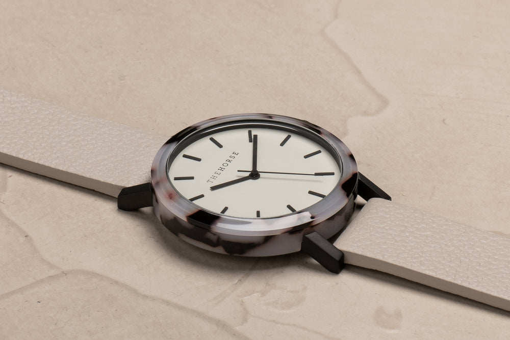 The Horse - The Resin Watch Blonde Tortoise Shell/ Light Grey Dial/ Grey Band