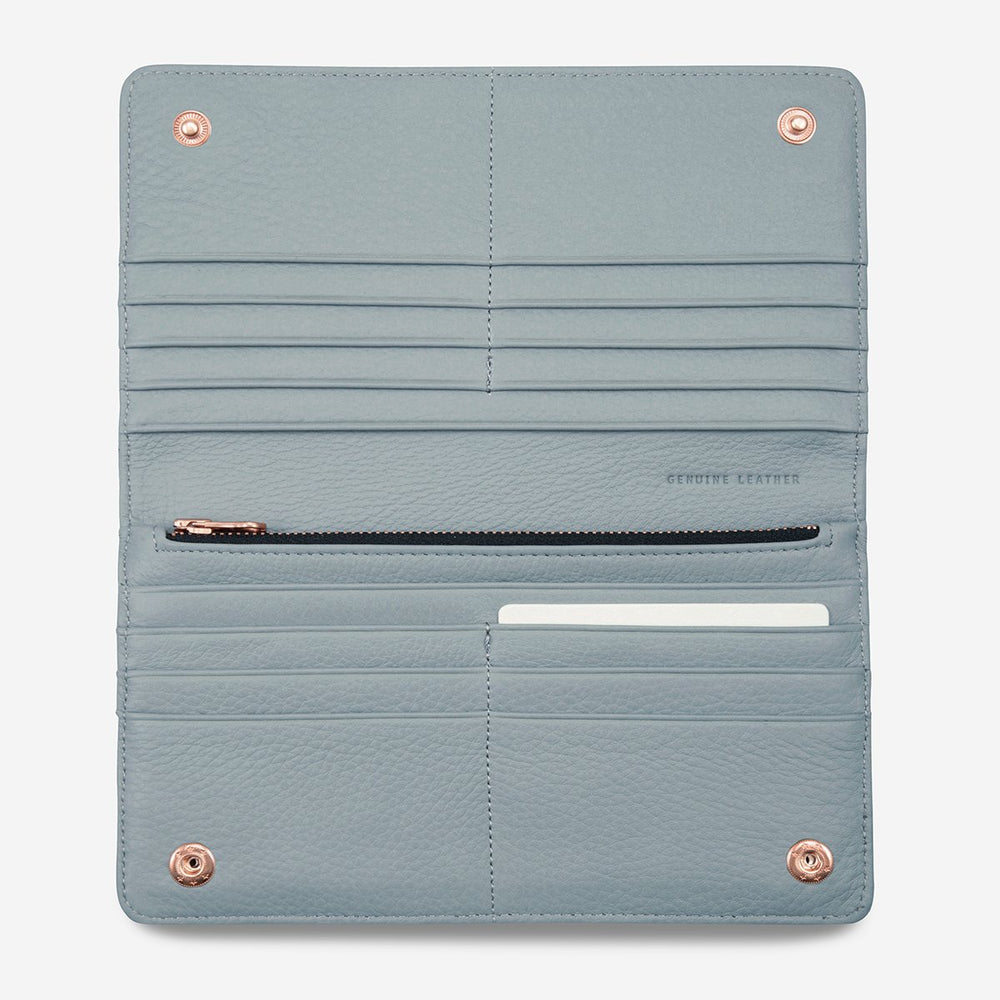 Status Anxiety - Triple Threat Wallet in Arctic Grey