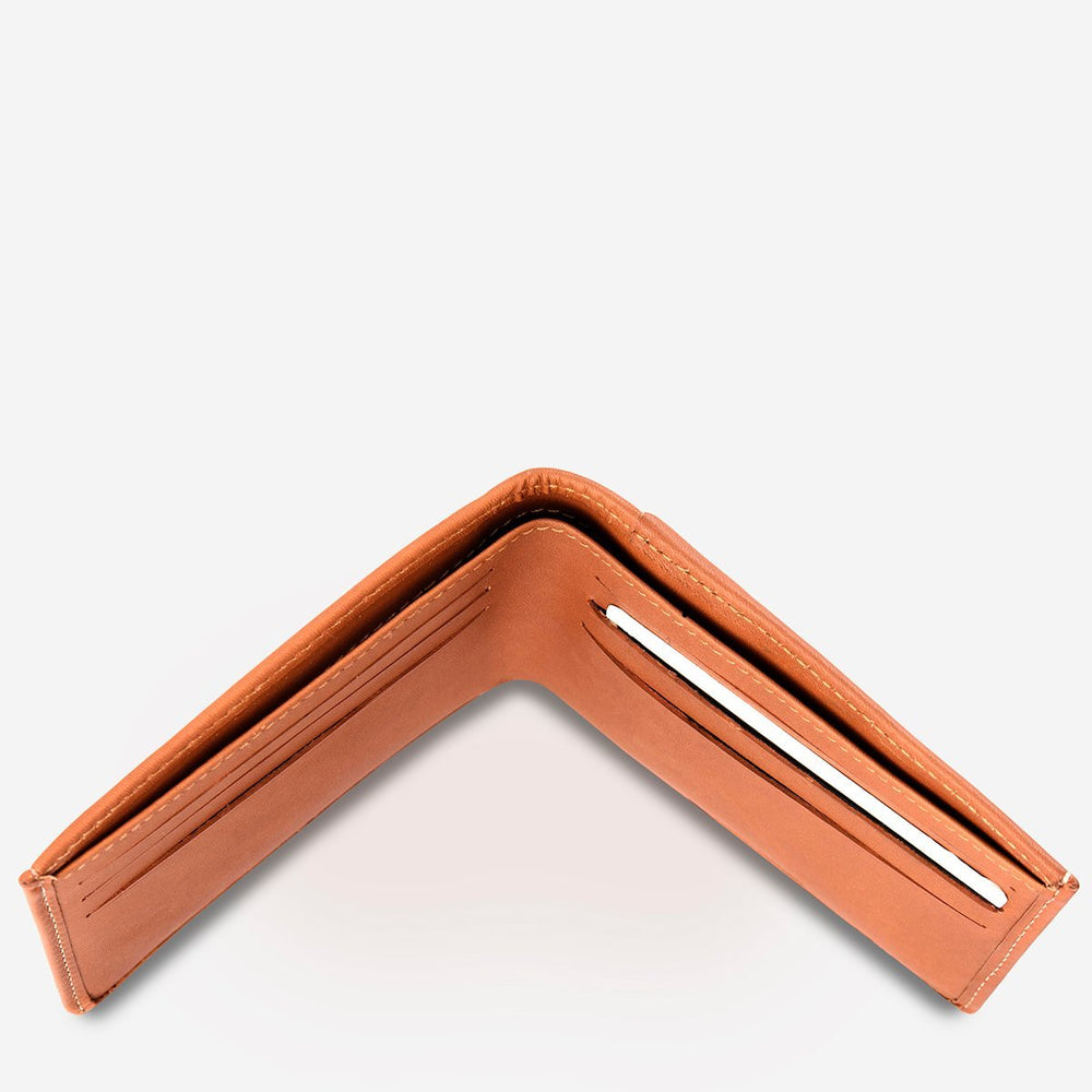 Status Anxiety - Alfred Wallet in Camel
