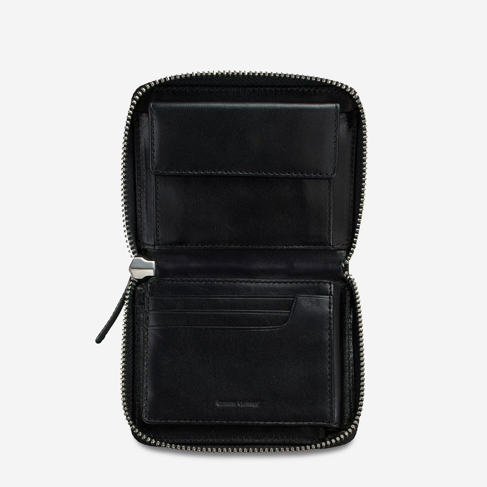 Status Anxiety - Darius Wallet in Black