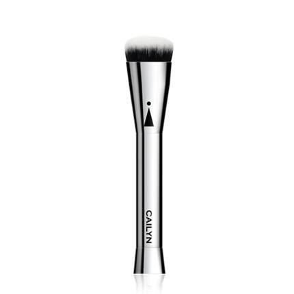 Cailyn Icone Oval Shaped Foundation Brush #12
