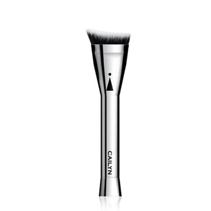 Cailyn Icone Angled Contour Brush #13