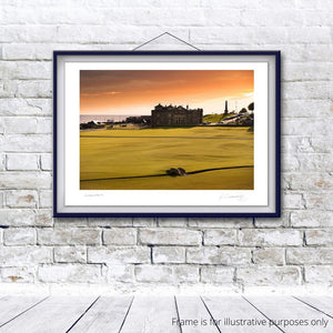 St Andrews Old Course 18th, Fine Art Print by Kevin Murray
