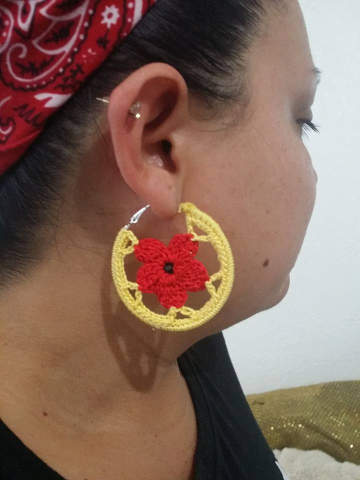 1 Pair FLOWER CROCHET HOOP Earrings Hand made Yarn earrings