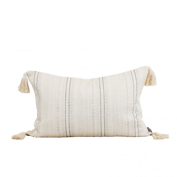 MALAX TASSEL CUSHION
