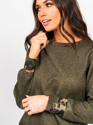 Agnes & Dora™ Behind the Seams Sweatshirt Camo