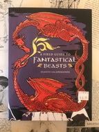 A Field Guide to Fantastical Beasts / Olento Salaperäinen