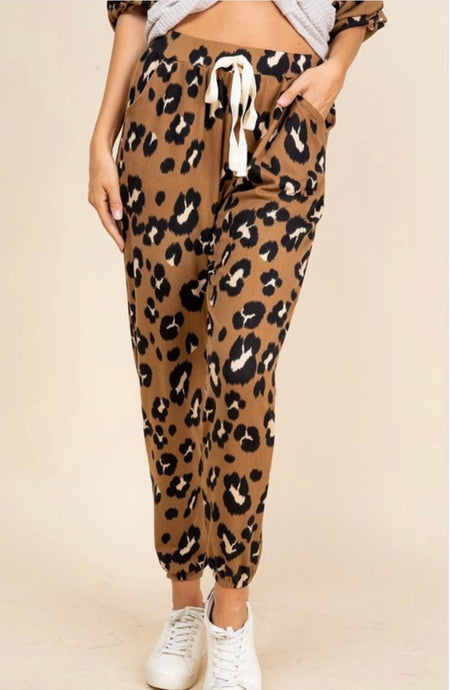 Leopard Lounge Bottom