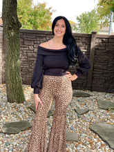 Load image into Gallery viewer, Leopard ruffle bell pants (S-3X)