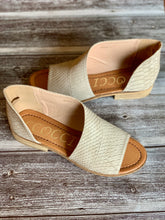 Load image into Gallery viewer, Adele - Taupe Snake Skin Flats