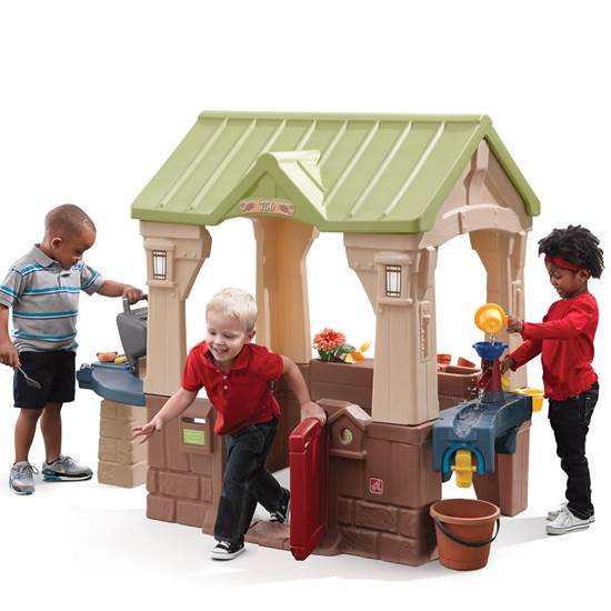 STEP 2® GREAT OUTDOORS PLAYHOUSE