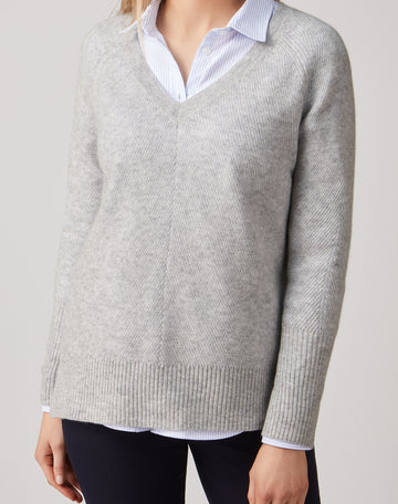 Gassato Lofty Textured V Neck Sweater