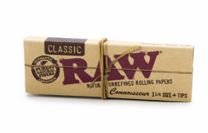 RAW Classic Connoisseur rolling Papers 1 1/4 Size With Tips