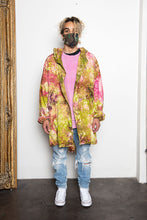Load image into Gallery viewer, Vintage Tye Dye Parka