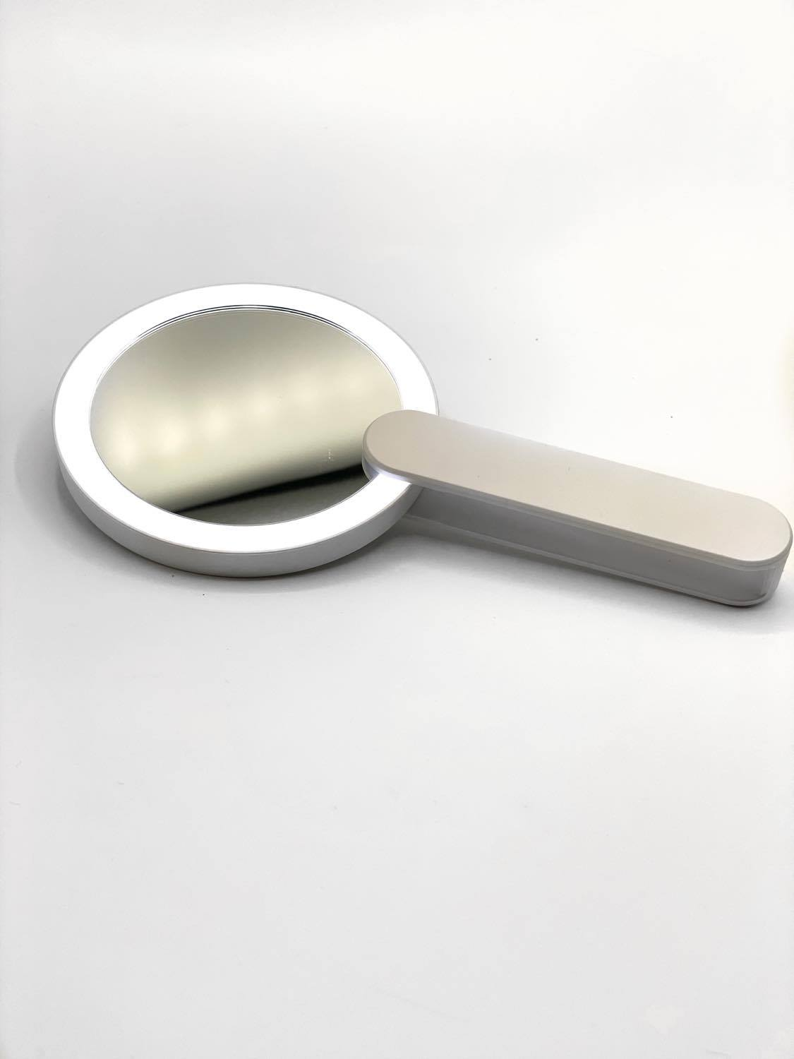 Light Up Handheld Mirror
