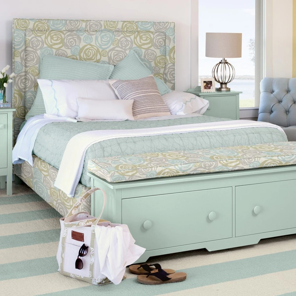 Picture of: Annie Upholstered Bed Queen Maine Cottage