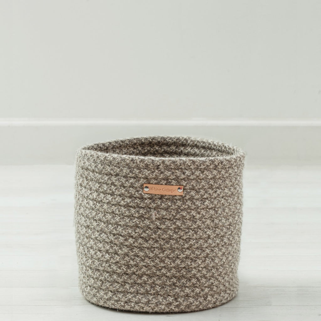 Little Braided Wool Basket - Houndstooth