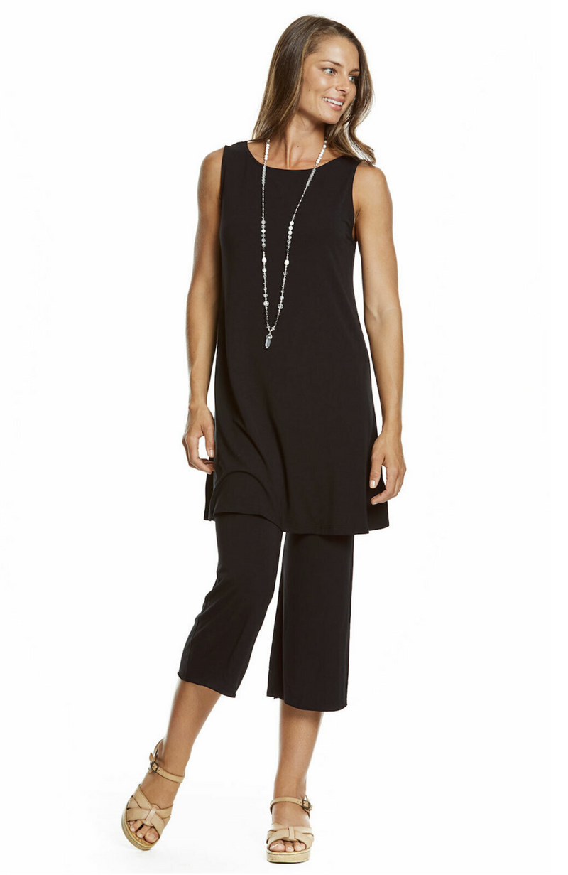 3/4 Length Black Bamboo Resort Pants / Culottes. Relaxed Fit.