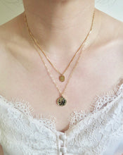 Load image into Gallery viewer, Gold Small Coin Necklace