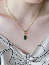 Load image into Gallery viewer, Emerald Gold Paperclip Chain Necklace
