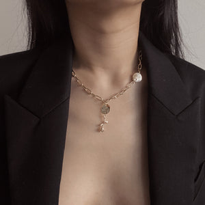 Amira necklace