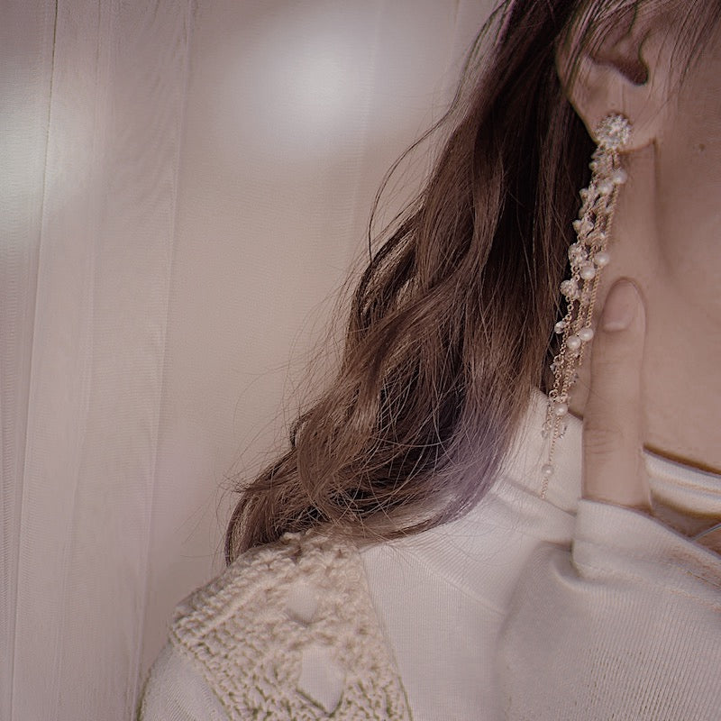 Kimi pearl earrings