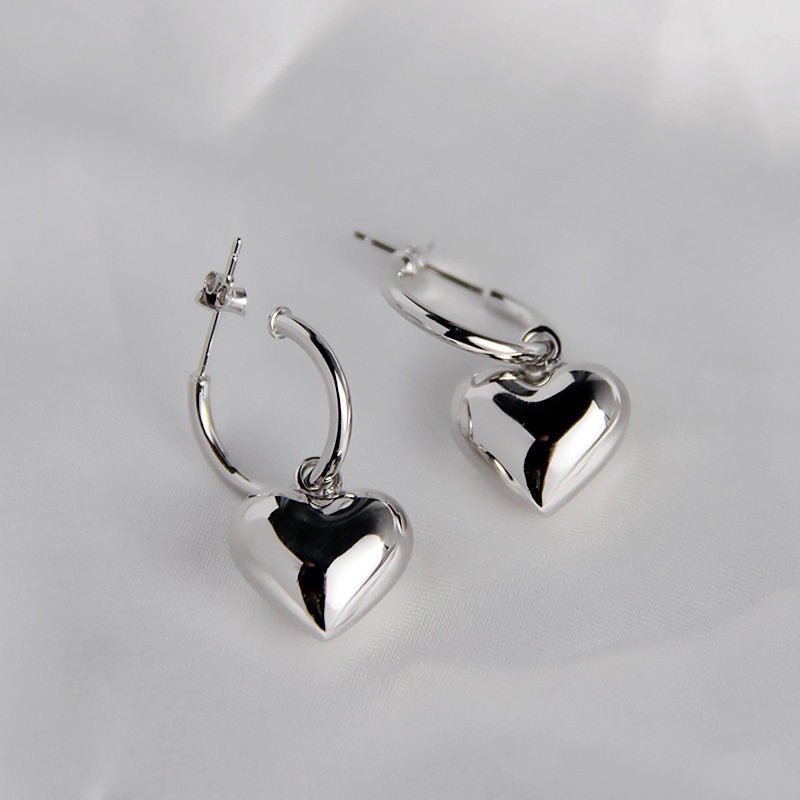 Madelyn heart earrings
