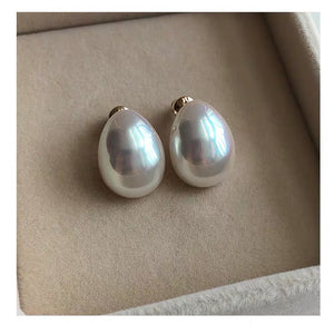 Quincy oval earrings