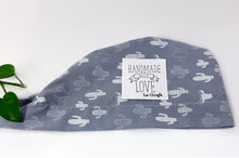 Load image into Gallery viewer, Folded Women cotton scrub cap Whit Cactus Pattern printed on Grey