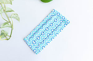 Pleated face mask in Aqua printed pattern