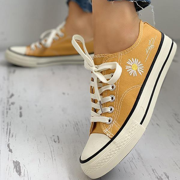 Vidiashoes Daisy Pattern Eyelet Lace-up Sneakers