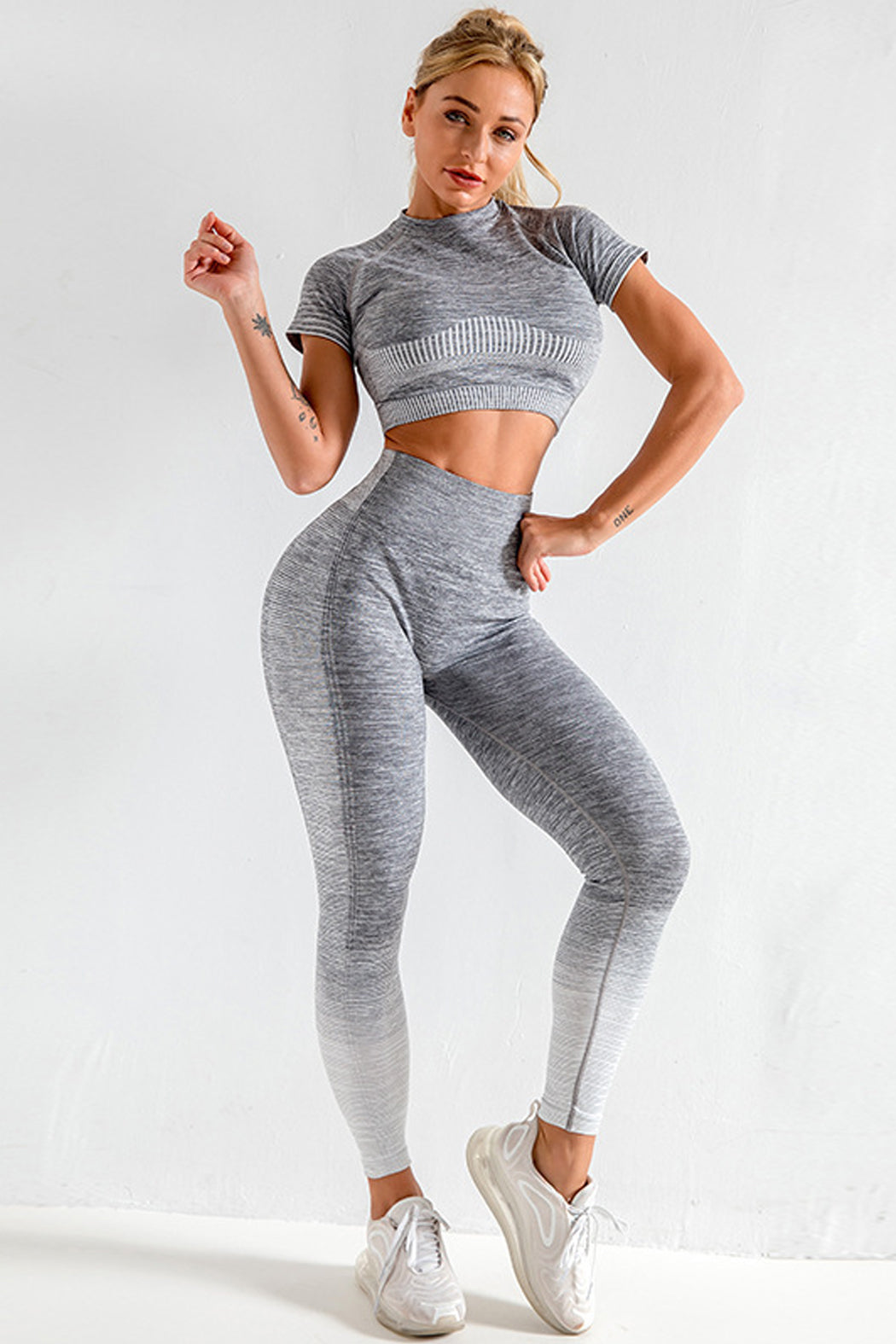 Women's Two Piece Sportswear Set - Matching Top and Leggings