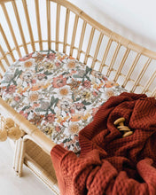 Load image into Gallery viewer, Bassinet Sheet & Change Pad Cover - Australiana