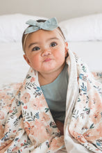 Load image into Gallery viewer, Copper Pearl Knit Swaddle Blanket - Autumn