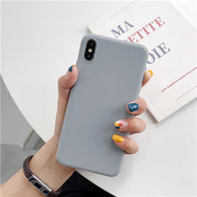 Carica l'immagine nel visualizzatore di Gallery, Luxury Soft Back Matte Color Cover per iPhone 7 plus 8 6 6s X XS max XR 5 5s SE Case