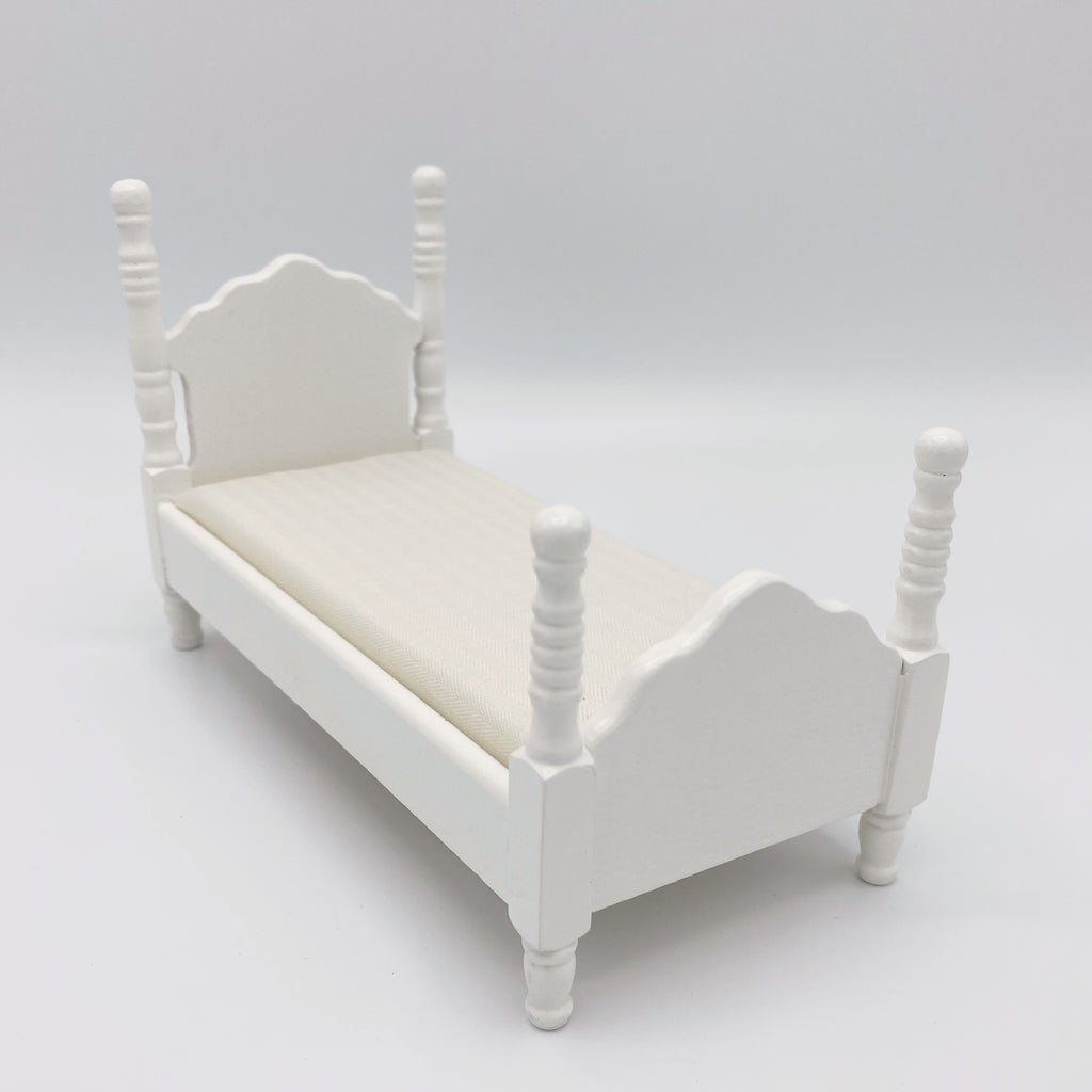 Twin Bed For Dollhouse - Life In A Dollhouse