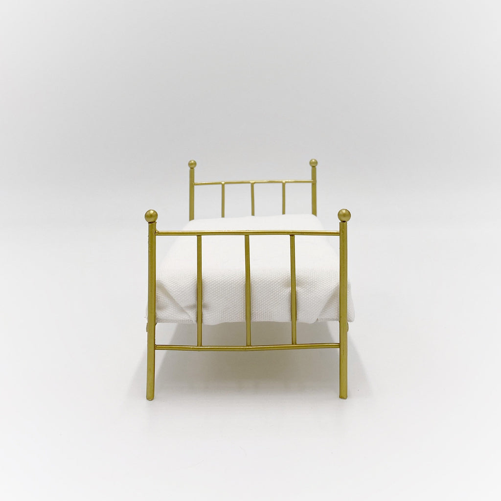 Brass Bed For Dollhouse - Life In A Dollhouse