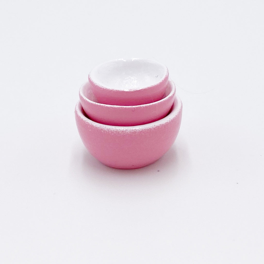 Multi Sized Bowls in Pink For Dollhouse - Life In A Dollhouse