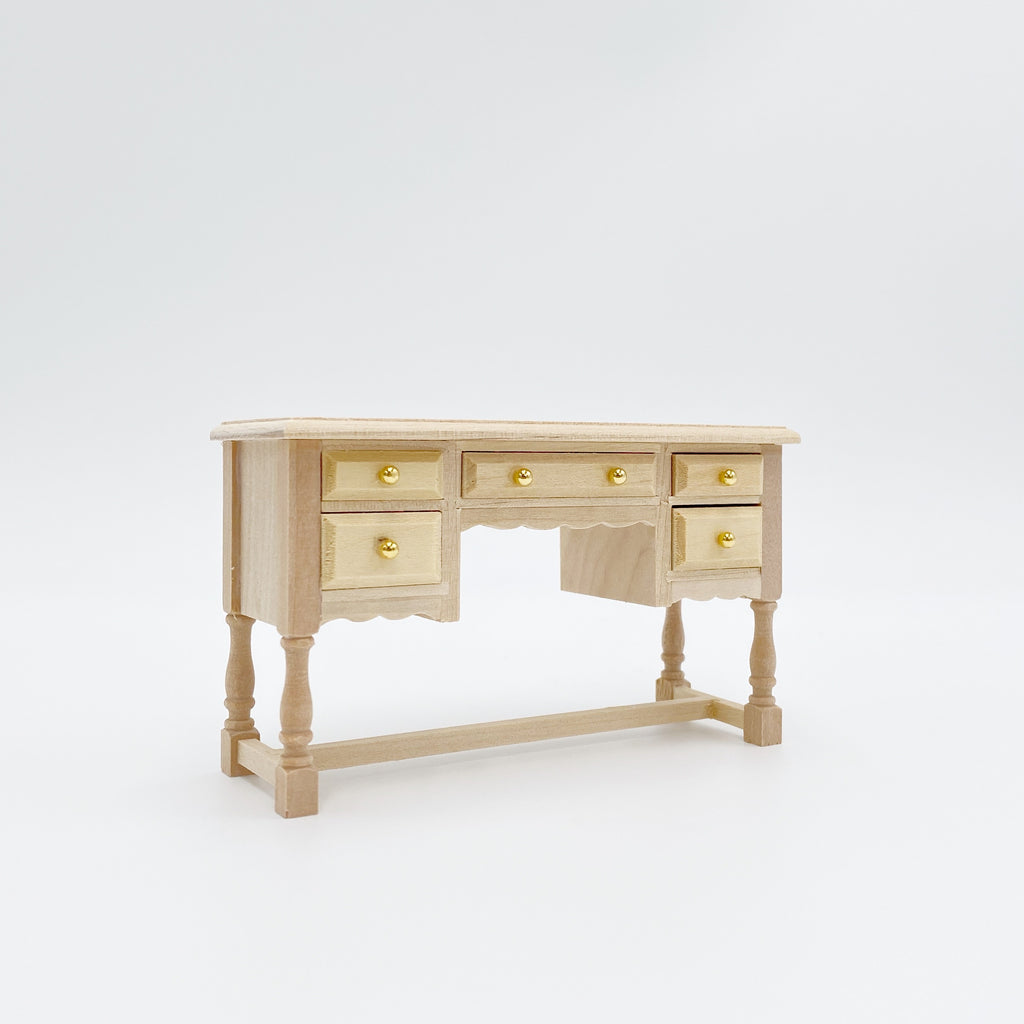Unfinished Scalloped Dressing Table For Dollhouse - Life In A Dollhouse