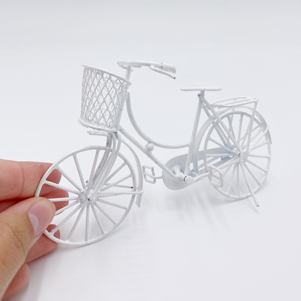 Bike For Dollhouse in White - Life In A Dollhouse