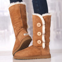 Load image into Gallery viewer, Ugg Bailey Button Triplet II Chestnut