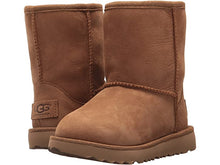 Load image into Gallery viewer, Ugg Kids Classic Chestnut II