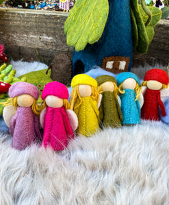 6 Little Rainbow Fairies by Papoose
